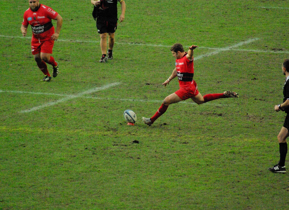 Top14. Toulon cartonne, La Rochelle bat le Racing, Toulouse sombre