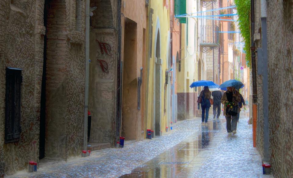 Alerte météo Orages. les Hautes Pyrénées passent d'orange à jaune