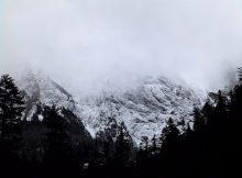 Le col du Tourmalet et le Pic du Midi sous la neige