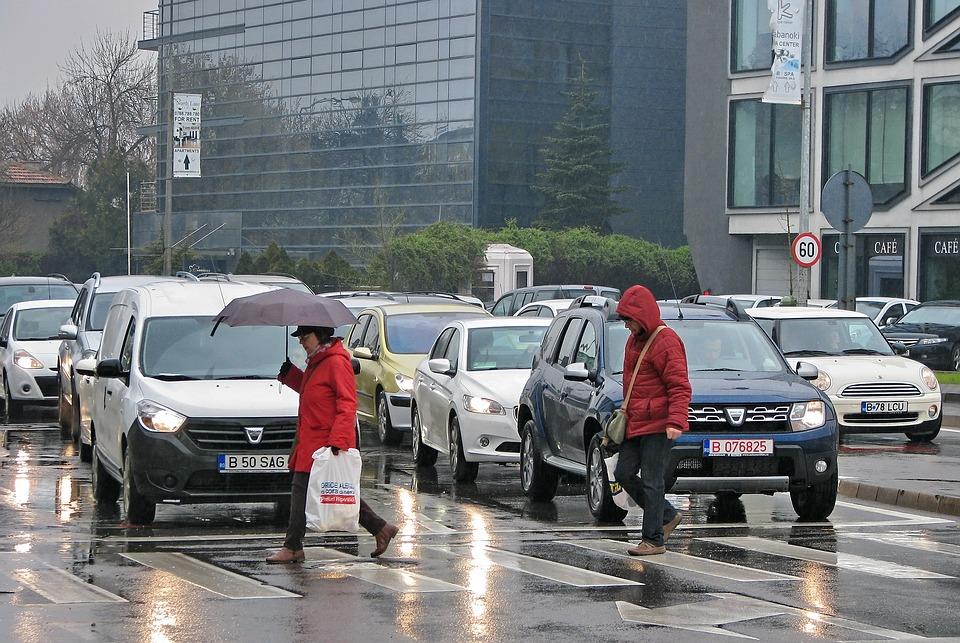 Météo Tarbes. pluie, nuages et 20 degrés lundi après midi