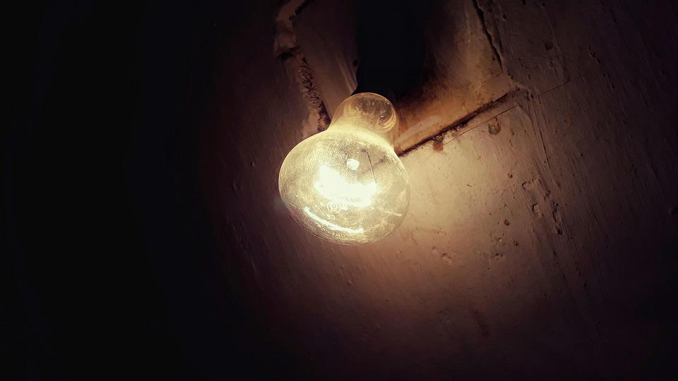 Opération recevez 2 ampoules LED gratuites à Lourdes samedi