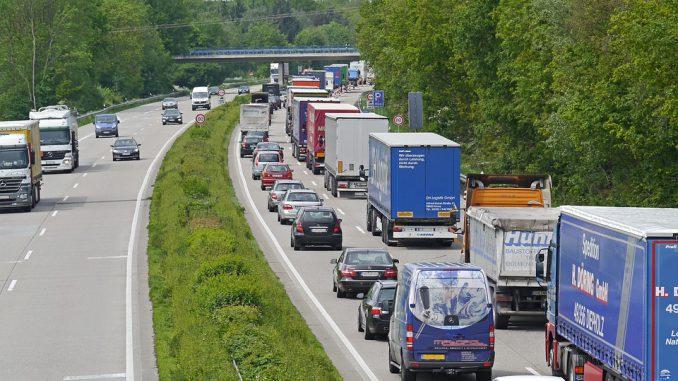 Marie Pierre Vieu apporte son soutien aux routiers en colère