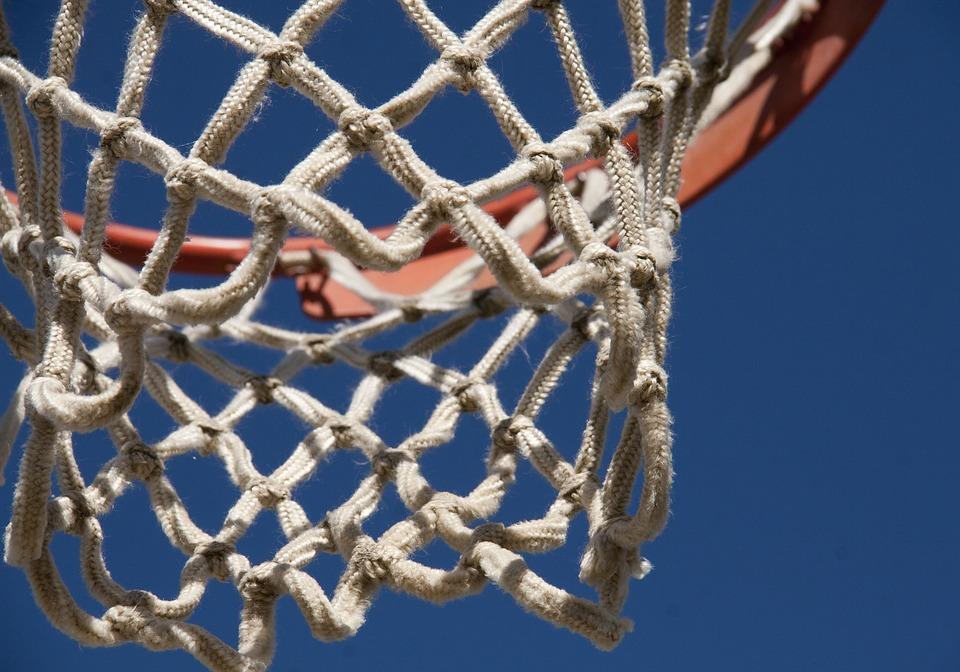 Tarbes Bourges en finale du championnat de France de Basket