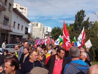 plus de 2000 personnes à Tarbes pour défendre la fonction publique