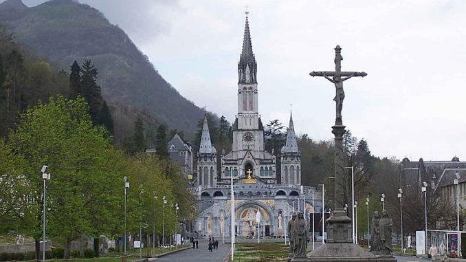 Inondations. la grotte de Lourdes fermée au public
